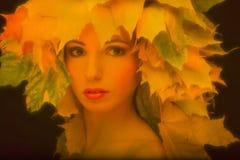 Portret een betoverend meisje in retro stijl met Stock Foto
