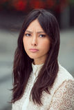 Portret gniewna azjatykcia kobieta Zdjęcia Stock