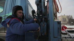 Portret hydrauliczny d?wigowy operacyjny pracownik zbiory wideo