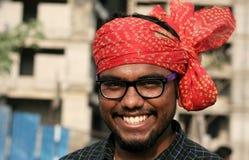 Portret Indiański młody człowiek z turbanem Zdjęcia Royalty Free