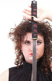 Portret kędzierzawej kobiety kędzierzawa dziewczyna i kordzik Zdjęcia Stock