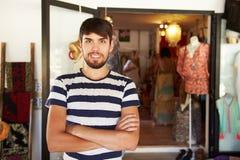 Portret Męski Ubraniowy wlaściciel sklepu Obraz Royalty Free