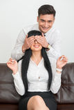 Portret młoda biznesmen pozycja behind Zdjęcie Royalty Free