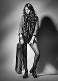 Portret młoda elegancka kobieta mody strzału studio Zdjęcia Royalty Free