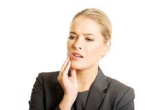 Portret młoda kobieta z toothache Fotografia Royalty Free
