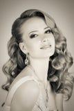 Portret młoda piękna blondynki kobieta Fotografia Royalty Free