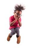 Portret Młody Amerykanin Afrykańskiego Pochodzenia dziewczyny doskakiwanie Obrazy Royalty Free