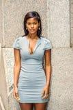 Portret Młody amerykanina afrykańskiego pochodzenia bizneswoman w Nowy Jork Obrazy Stock