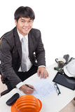 Portret młody architekta pracującego rysunku perspektywiczny budynek Obrazy Stock