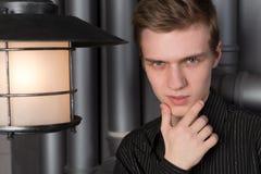 Portret młody człowiek z lampionem obrazy royalty free
