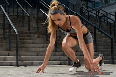 Portret młody i piękny żeński sprawności fizycznej szkolenie Sport motywacja Obraz Royalty Free