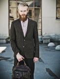 Portret młody piękny modny mężczyzna Zdjęcia Royalty Free