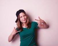 Portret młoda rockowa nastoletnia dziewczyna Obraz Stock