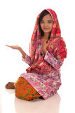 Portret Malajska kobieta z kebaya na białym tle Zdjęcia Stock