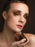 Portret met chocolademake-up Stock Foto's