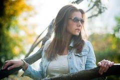 Portret met mooi meisje Royalty-vrije Stock Foto's