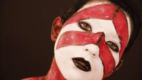 Portret model z skończonym obrazkiem zbiory wideo
