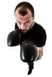 Portret męski atleta boksera mężczyzna patrzeje agresywny z Boxin Obrazy Royalty Free