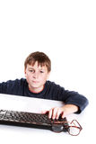 Portret nastolatek z klawiaturą Obraz Royalty Free