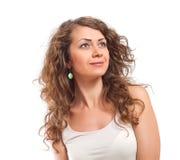 Portret odizolowywający na Białym tle kędzierzawa młoda kobieta Zdjęcie Royalty Free