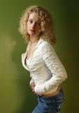 Portret op een groene achtergrond Stock Foto