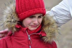 Portret Płacze nieszczęśliwego dziecka girlk Zdjęcia Royalty Free