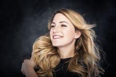 portret piękna blond kobieta zdjęcia stock