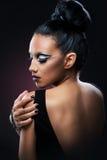 Portret piękna kobieta z zadziwiać uzupełniał Obrazy Stock