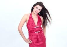 Portret piękna młoda kobieta w czerwonej sukni fotografia stock