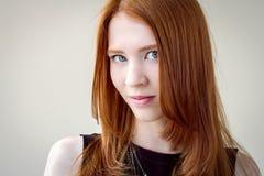 Portret piękna, miedzianowłosa dziewczyna, Zdjęcie Royalty Free