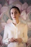 Portret piękna mody dziewczyna, słodki i zmysłowy Zdjęcia Royalty Free