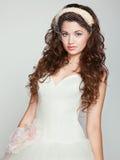 Portret piękna panna młoda. Ślubna suknia. zdjęcie royalty free