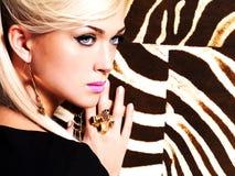 Piękna seksowna kobieta z mody makeup na twarzy Zdjęcie Stock