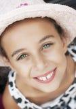 Portret piękna uśmiechnięta mała dziewczynka Obrazy Royalty Free