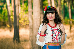 Portret piękna ukraińska kobieta outdoors Obrazy Royalty Free