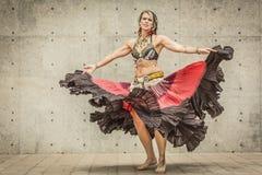 Portret piękny brzucha tancerz Zdjęcia Royalty Free