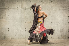 Portret piękny brzucha tancerz Obrazy Royalty Free