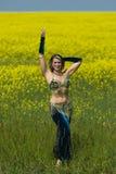 Portret piękny brzucha tancerz Zdjęcia Stock