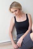 Portret piękny dziewczyn blondynek rocznik Obraz Royalty Free