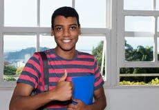 Portret pomyślny indyjski męski uczeń zdjęcie stock