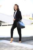 Portret pomyślny biznesowej kobiety ono uśmiecha się Obraz Stock