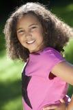 Portret Potomstwa Mieszająca Biegowa Amerykanin Afrykańskiego Pochodzenia Dziewczyna Fotografia Royalty Free