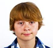 Portret poważna przyglądająca śliczna chłopiec obrazy royalty free