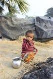 Portret prożniaczy dzieciak troszkę bezdomny dzieciak Obrazy Royalty Free