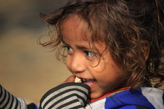 Portret prożniaczy dzieciak troszkę bezdomny dzieciak Zdjęcie Royalty Free