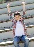 Portret przypadkowa nastoletnia chłopiec, outdoors obraz royalty free