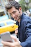 Portret przystojny mężczyzna w nowym York zdjęcia stock