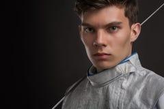 Portret Przystojny Młody męski szermierza być ubranym Obraz Royalty Free