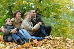 Portret rodzinny relaksować Obraz Royalty Free