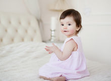 Portret słodka dziewczyna troszkę w domu Obraz Stock